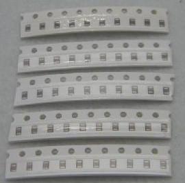 0805 SMT capacity Kits 4p-680p 10 Pezzi of 18kinds :4P 8P 10P 12P 15P 20P 27P 30P 33P 51P 56P 68P 100P 150P 200P 330P 470P 680P