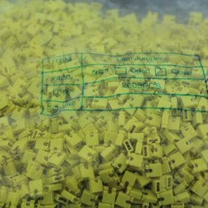 2000 Pezzi yellow short block, Short-circuit block, the jumper cap,2.54 connection block